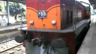 Sri Lanka Railway Class M6 coupling in kandy