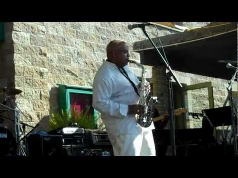 Gerald Albright Performs Winelight Live at Thornton Winery