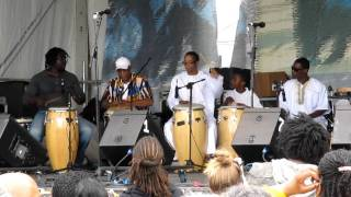 Kumbuka African Drum & Dance Collective at The 2010 New Orleans Jazz & Heritage Festival