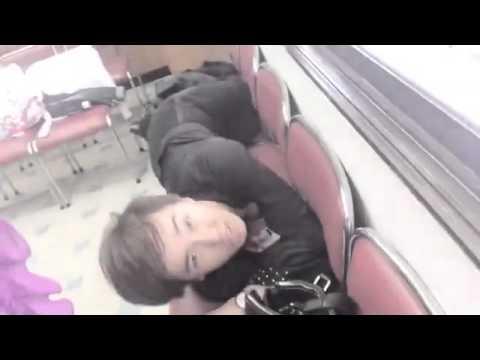 (อัพใหม่)มาดูมินิคอนพี่น้องรองเท้าบินกันเถอะ 55555 by Ice af9 on Socialcam - Apr 04