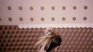 Decoratingetc: A funky idea for wallpaper