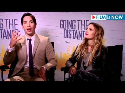 Justin Long & Drew Barrymore - Interview about 'Going the Distance' - 2010