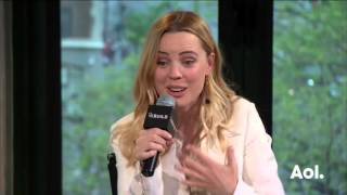 "Melissa George Discusses Working With David Lynch On ""Mulholland Drive""  