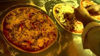 Pizza Gusto Baku 0506490909(пицца в баку,самая вкусная пицца,одна из самых вкусных пиц,рецепт пиццы,итальянская пицца,bakida pizza,пицца..., 2014-04-11T10:58:47.000Z)