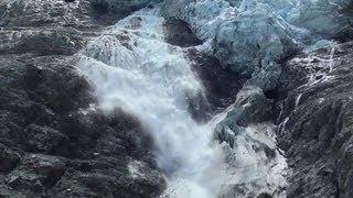 Chute de séracs au glacier des Bossons.
