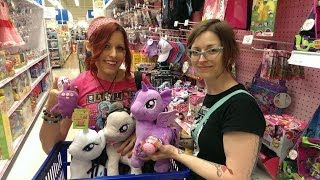 Epic Toy Hunting MLP, Monster High and Zelfs