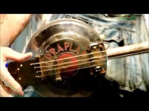 Seasick Steve's Hubcaps Guitar @ Rockhal Esch/Alzette Luxembourg 2013.27.10