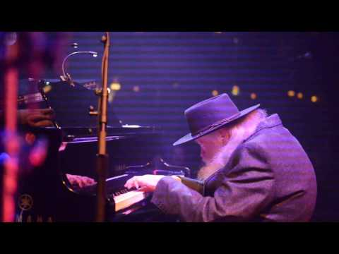 Last Waltz Garth Hudson solo the Weight Apr 9 2017 Chicago nunupics.com