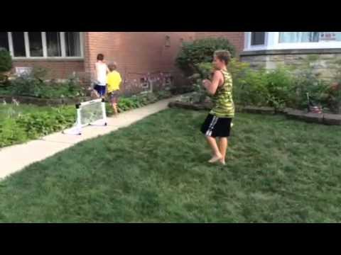 Paul plays soccer (part 1)