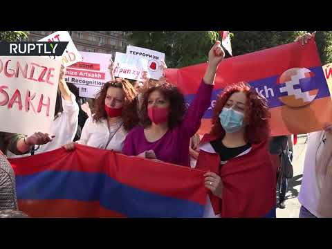 Women from Nagorno-Karabakh protest in front of UN office in Yerevan