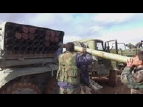 Syrian forces push