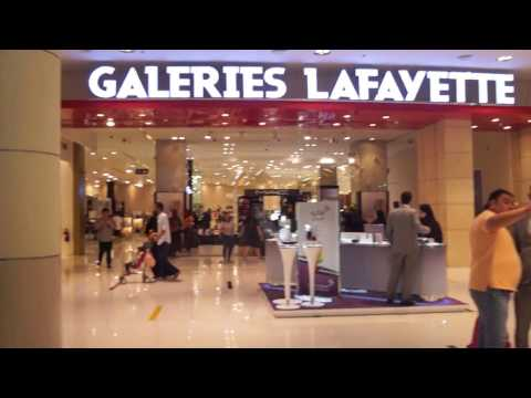 THE DUBAI MALL Walking Tour