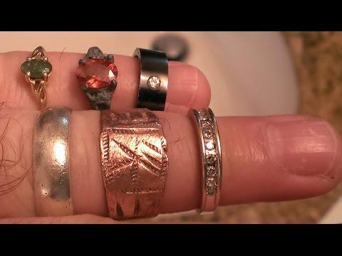 Metal Detecting  ! Virgin Beach Treasure Hunt ! Lots of GOLD, SILVER, GEMSTONES & DIAMONDS