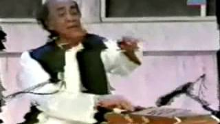 Mehdi Hassan live in India ranjish hi sahi Ahmad Faraz reads his ghazal in mushayra in India