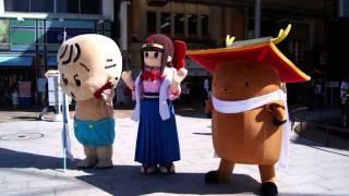 近鉄奈良駅前に、奈良県葛城市の蓮花ちゃん、なら1300年祭のまんと...