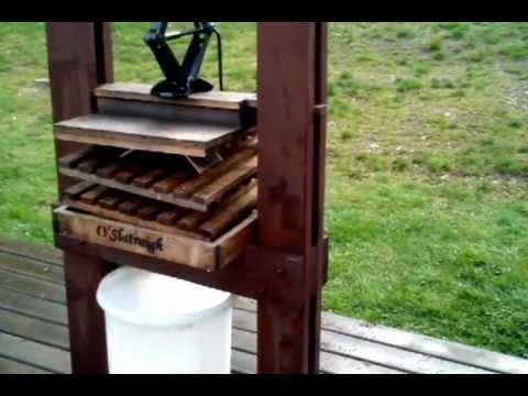 Diy winepress youtube for Home wine press