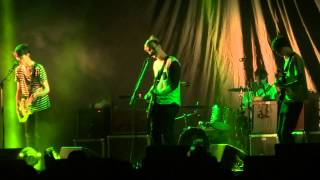 Gengahr - Bathed In Light (HD) Live In Paris 2015