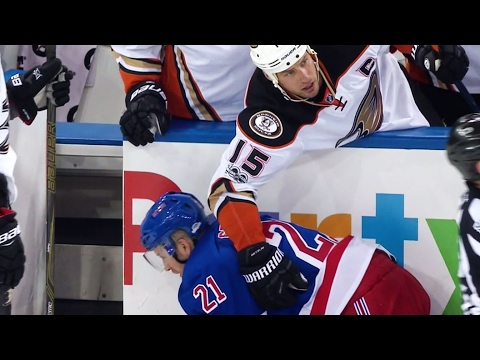 Getzlaf helps out Stepan after Shaw's hit from behind