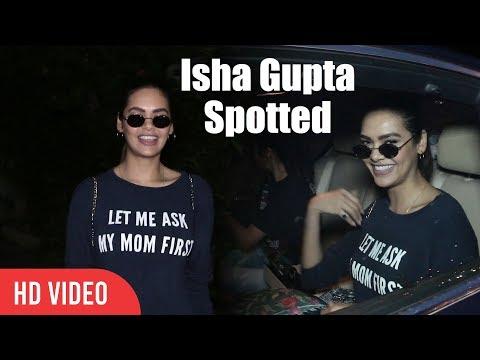 Gorgeous Isha Gupta Spotted At Juhu | Viralbollywood Mp3