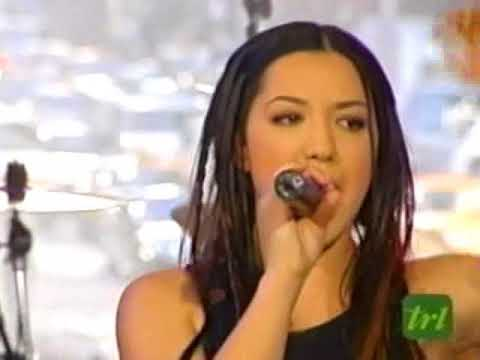Santana Ft. Michelle Branch - Game Of Love (Live @ TRL)