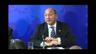 Trevor Manuel - Justice sociale, équité et gouvernance dans un monde en évolution rapide (2011)