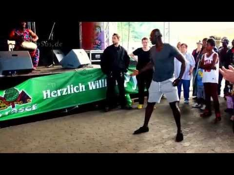 Wild African Dance Moves in Europe