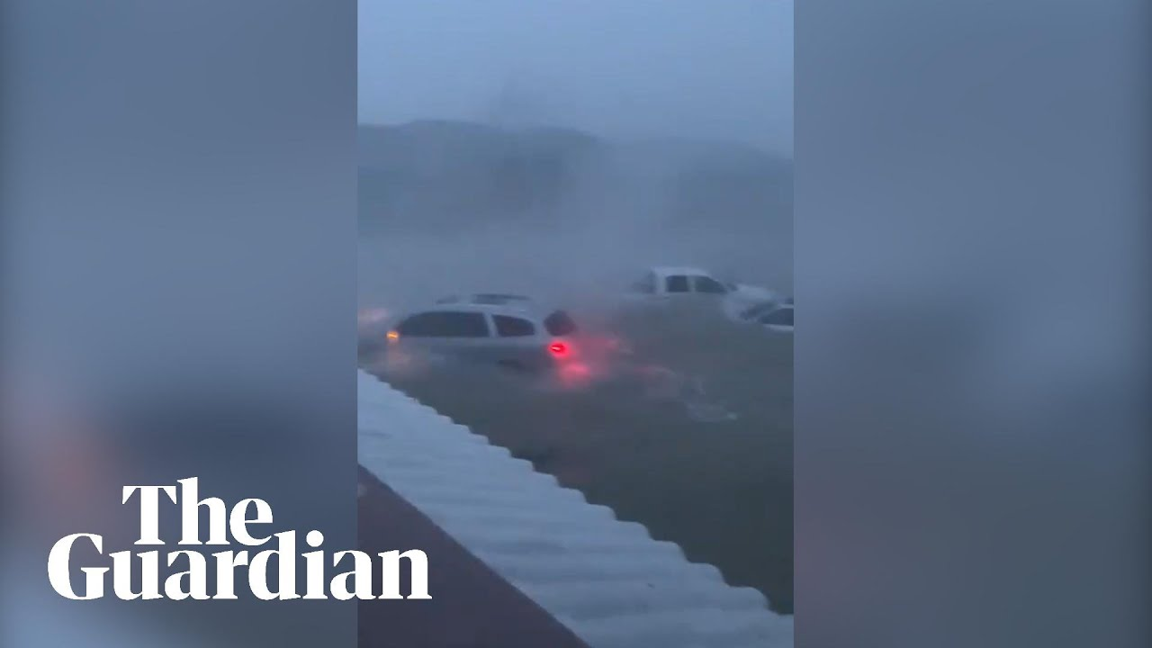 Download Hurricane Dorian lashes Bahamas with ferocious winds and flash flooding