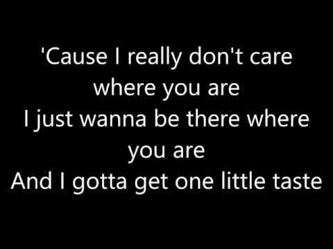 Maroon 5- SUGAR (Lyrics)
