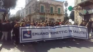 Manifestazione ad Ostuni contro chiusura pediatria e cardiologia
