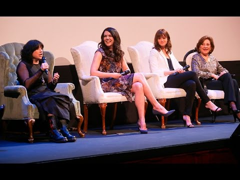 "ATX Festival Panel: ""Gilmore Girls"" 15 Year Reunion presented with Entertainment Weekly (2015)"
