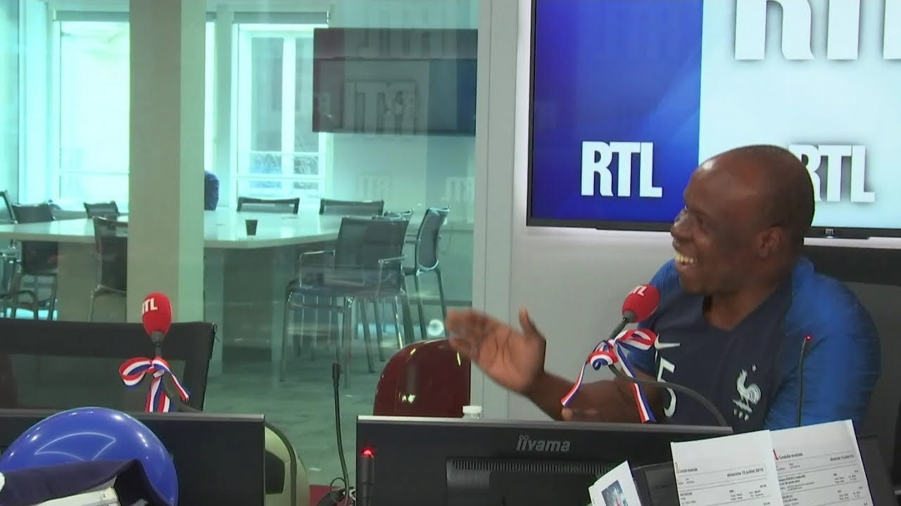 Un très jeune auditeur chante avec A'salfo le leader de Magic System sur RTL