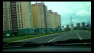 Таксист гонщик шпарит 220 км в час