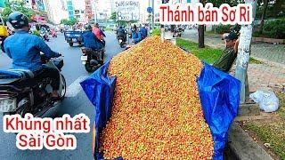 Thánh bán xe Sơ Ri siêu khủng trên xe Ba gác ở đường phố Sài Gòn