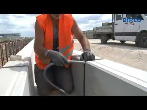 Монтаж бетонных водоотводных лотков
