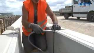 Монтаж бетонных водоотводных лотков(, 2013-07-19T10:18:18.000Z)