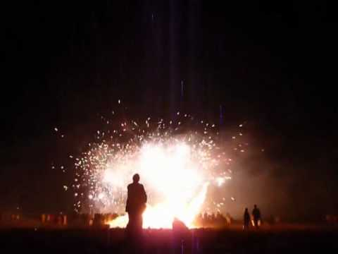 Lewes Bonfire Night Celebrations : Cliffe Bonfire Society (CBS) Firework Display.