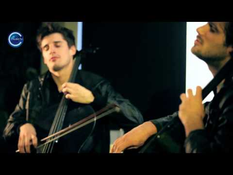 2CELLOS Sulic & Hauser   With or Without You  U2 HD