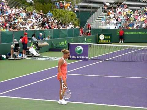 Dominika Cibulkova stalling 2010 sony ericsson open
