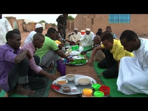In Sudan, the first iftar of Ramadan takes place in the stre