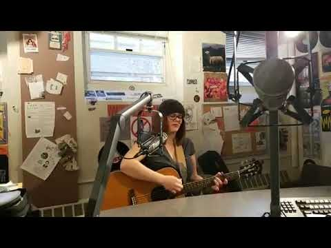 Vicky Emerson on Mostly MN Music on WMCN