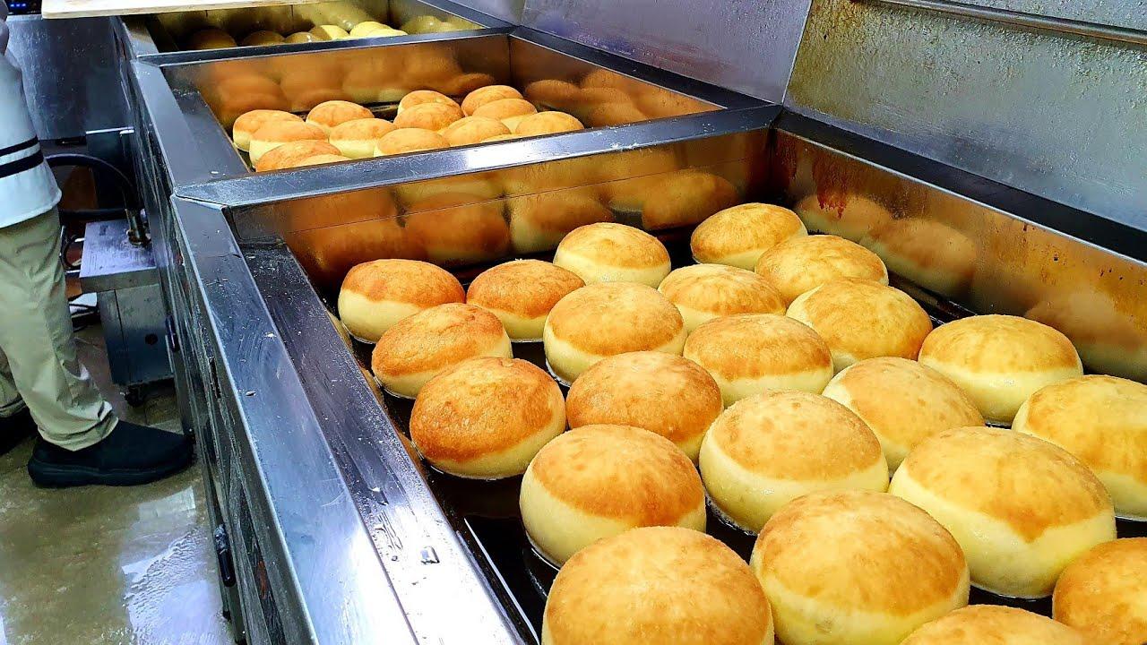 하루에 2000개씩 팔리는 도넛!? 도너츠 공장의 압도적인 크림폭탄 도넛 만들기 Cream bomb donut mass making - Korean street food