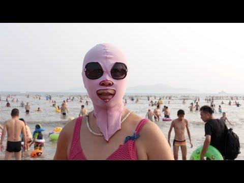 Qingdao Facekini: A new trend from China beaches