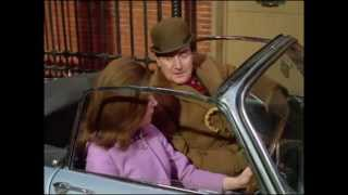 "Epic : The Avengers 5x11 (1967) - ""Mrs Peel, We're Needed!"" scene"
