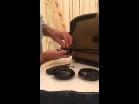 how-to-replace-damaged-luggage-wheels-(rollerblade)