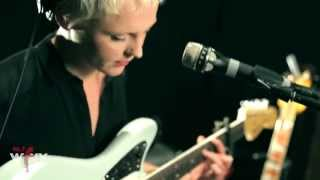 "Laura Marling  - ""False Hope"" (Live at WFUV)"