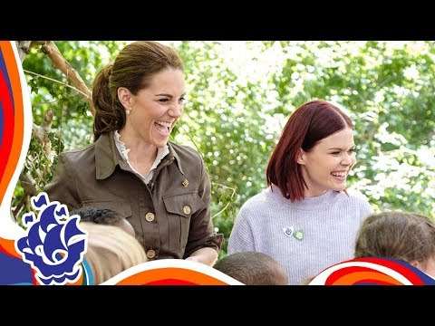 Kate, Duchess of Cambridge, enjoys the outdoors — and catches tadpoles with kids