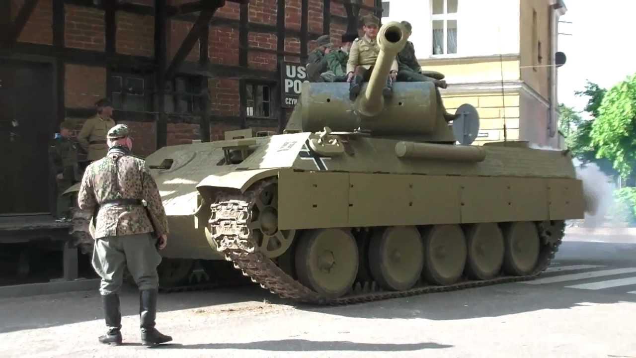 Panther tank replica in Łabiszyn - YouTube