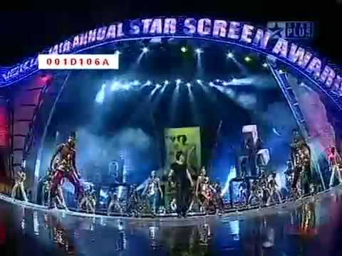Shahrukh Khan live on stage (Dard-E-Disco remix)