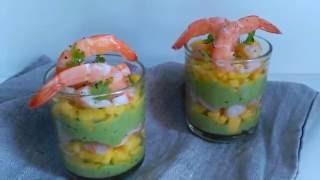 Vasitos de aguacate, mango y langostinos/ Glass with avocado,mango and shrimps