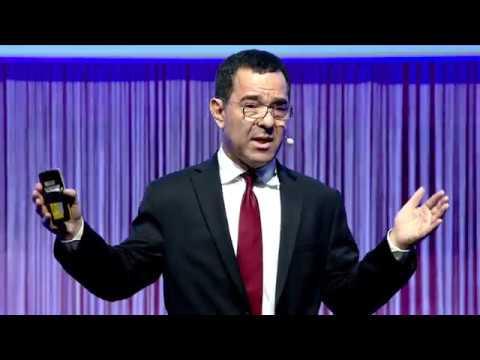 Tony Seba, Stanford University, at the Opening Conference 2017